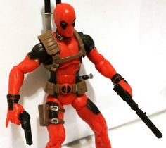 DEADPOOL w/CUSTOM WEAPON • MARVEL UNIVERSE • C8-9 • HASBRO #MarvelToys