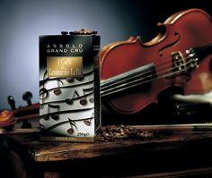 Leonardo Lelli's Assolo Gran Cru Veloso goes nicely with Antica Riserva Toscano Cigars