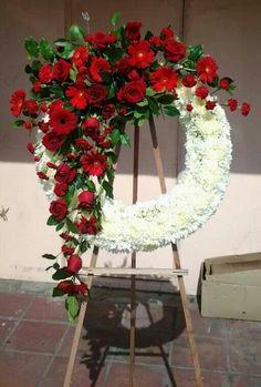 Open wreath. Funeral Floral Arrangements, Artificial Floral Arrangements, Unique Flower Arrangements, Floral Centerpieces, Casket Flowers, Funeral Flowers, Wedding Flowers, Funeral Caskets, Funeral Sprays