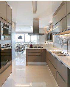 8 Satisfied ideas: Minimalist Interior Ideas Loft minimalist home interior closet.Minimalist Kitchen Storage Counter Tops minimalist living room minimalism black and white. Minimalist Kitchen, Minimalist Interior, Minimalist Bedroom, Minimalist Decor, Minimalist Living, Modern Minimalist, Modern Kitchen Design, Interior Design Kitchen, Interior Desing