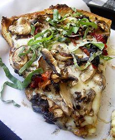 Grilled Mushroom Pizza Recipe | Weight Watchers Recipes
