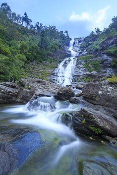 Cascade de Colnett, Nouvelle-Calédonie…