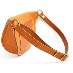 With instruction leather body bag pattern PDF Leather Bum Bags, Leather Fanny Pack, Leather Gifts, Leather Bags Handmade, Leather Pouch, Leather Bag Pattern, Hip Bag, Body Bag, Saddle Bags