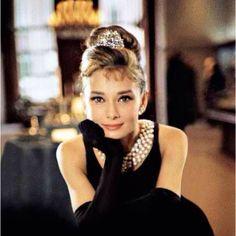 Audrey Hepburn! Love her!