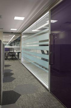 Rommanel #largeoffice #commercialspaces #commercialinteriors #design #flooring