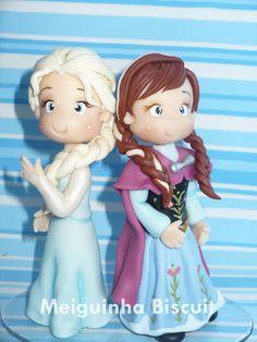 Bonecas Frozen estilo fofinhas, da pra ser personalizado tbm com nome da criança e a vela.  Produto ARTESANAL pode sofrar alteraçao de cores, tamanho, Nunca ficam identicas umas as outras.  Duvidas Consulte