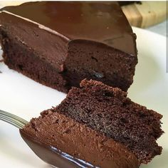 This Best Chocolate Cake recipe makes for the most flavorful, moist, and tender chocolate cake you've ever tasted! Choco Chocolate, Chocolate Mousse Cake, Best Chocolate Cake, Homemade Chocolate, Dessert Chocolate, Chocolate Cookies, Chocolate Cake From Scratch, Amazing Chocolate Cake Recipe, Sweet Recipes