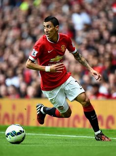 The most expensive signing in English Premier League history, Argentinian Angel di Maria would start at left mid