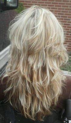 Super haircut women ling layered cuts blondes ideas haircut 101 fab shag haircuts from short to long for everyone out there Choppy Hair, Long Hair With Bangs, Long Hair Cuts, Thin Hair, Modern Shag Haircut, Long Shag Haircut, Long Shag Hairstyles, Haircuts For Long Hair, Long Layered Hair