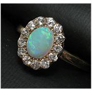 Gorgeous 18k TIFFANY Opal Diamond Ring