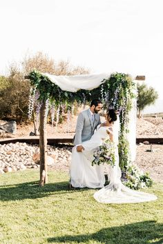 From the blush and lilac palette to the long, banquet-style dinner tables, everything about this romantic vinery wedding in San Diego, California is perfection! Vineyard Wedding, Banquet, San Diego, Lilac, Wedding Inspiration, California, Romantic, Wedding Dresses, Style