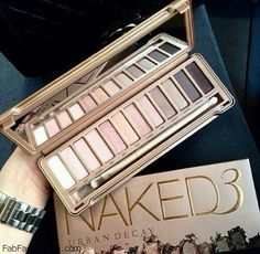 Spring beauty with Urban Decay Naked Palette 3. #pastel #makeup #eyeshadow #nakedpalette