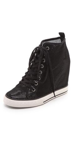 Dreaming of summer in these DKNY Wedge sneakers...