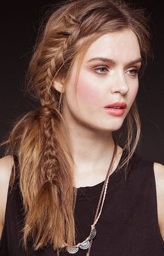 Medium Hairstyles 2015 Best Shoulder Length Haircuts for Women | Styles Hut