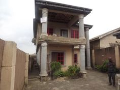 4 bedroom #semidetachedhouse for sale - http://www.commercialpeople.ng/listing/200201014031103/ #semidetached