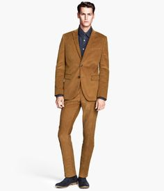 One discussion we frequently have is how it is so much easier to find great deals on trendy women's fashions than on men's. Well, here is a a great retro look for men at retro prices! This dark beige/mustard color and the slim lines are so flattering. And who doesn't love the feel of cords? from #H&M