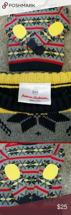 Hanna andersson snowflake sweater Gray yellow navy and red. Snowflake and x pattern sweater. Boys size 120. Hanna andersson Hanna Andersson Shirts & Tops Sweaters