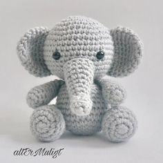 *** PATTERN ONLY*** ⭐️⭐️⭐️ Patterns are non-refundable. ENGLISH and DANISH PDF Pattern Få DANSK OPSKRIFTEN på altermuligt.com This is only a digital pattern and not the finished animal. Pattern will be an instant download as soon as payment clears. *** Baby Elephant*** Baby Elephant