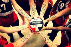 Volleyball team picture <3