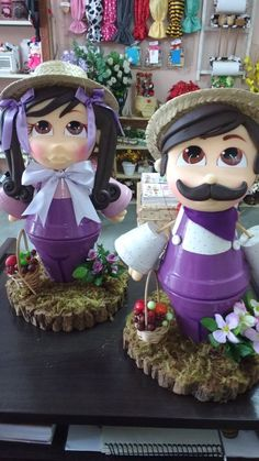 Image result for bonecos de vasos de ceramica Clay Pot Projects, Clay Pot Crafts, Craft Projects, Fall Crafts, Holiday Crafts, Crafts For Kids, Diy Crafts, Flower Pot People, Clay Pot People