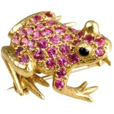 Frog Pin Pink Sapphires Onyx Eyes ($4,950) ❤ liked on Polyvore featuring jewelry, brooches, necklaces, pink sapphire jewelry, pin jewelry, 18 karat gold jewelry, frog jewelry and onyx jewelry