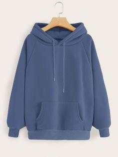 Shop Kangaroo Pocket Raglan Sleeve Drawstring Hoodie at ROMWE, discover more fashion styles online. Stylish Hoodies, Cool Hoodies, Plain Hoodies, Hoodie Outfit, Fashion Mode, Teen Fashion Outfits, Fast Fashion, Jugend Mode Outfits, Hoodie Sweatshirts