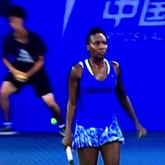 "10/2/15 Nice win, #QueenVee! ... Via  mrjiefuri:     This is how you win ---       Venus on beating Vinci in Wuhan: ""If I could, I'd give my win to Serena at the US Open - unfortunately it doesn't work like that.""  #venuswilliams #Wuhan via TennisViewMag"