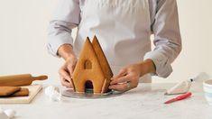How to make a homemade gingerbread house: step-by-step photos #Hallmark #HallmarkIdeas