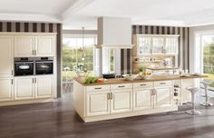 Are you interested in European kitchens? We are featuring award-winning European kitchens by Nobilia, LEICHT, Team Matteo Gennari & Stosa - all leading luxury European kitchen brands. Call us or visit our website today to learn more. English Country Kitchens, Modern Country Kitchens, European Kitchens, German Kitchen, Nobilia Kitchen, Cocinas Kitchen, Kitchen Living, Kitchen Doors, Style Anglais