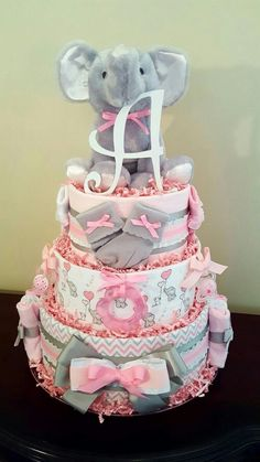 Pink and gray baby elephant diaper cake. Bab … – Baby Diy Pink and gray baby elephant diaper cake. By simply… - Baby Shower Cakes, Deco Baby Shower, Baby Shower Diapers, Baby Shower Themes, Baby Girl Babyshower Themes, Cakes For Baby Showers, Baby Shower Ideas Gifts, Girl Baby Showers, Baby Shower For Girls