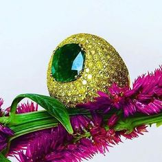 ring featuring 5 ct cushion cut Colombian emerald mounted in yellow gold studded with fancy intense yellow diamonds by @istanboulli_gioielli