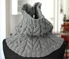 Strik til dig Archives - Side 6 af 8 - susanne-gustafsson. Shawl Cardigan, Knitted Shawls, Keep Warm, Mittens, Knitwear, Knit Crochet, Winter Hats, Knitting, Sweaters