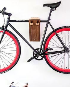 fahrrad wandhalterung henry fahrrad wandhalter rennrad. Black Bedroom Furniture Sets. Home Design Ideas