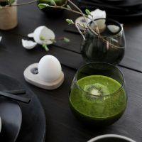 FRESH EASTER BREAKFAST Frisk, Kiwi, Smoothie, Garden Design, Easter, Jar, Table Decorations, Breakfast, Ethnic Recipes