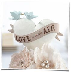 The Perfect Cake toppers for the romantic wedding #LoveStyle