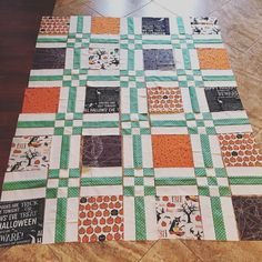 "21 Likes, 2 Comments - Sterling LaBosky (@sterlingquiltco) on Instagram: ""I think it's going to be cute! Love how the big prints get to shine. This might be good for some of…"""