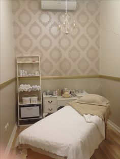 day spa || massage therapy room || esthetician room || aesthetician room || esthetics || skin care || body waxing || hair removal || body scrub || body treatment room || Shabby Chic inspired || gold & white wallpaper || warm tones