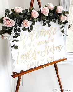 "Nochta  Boutique on Instagram: ""✨ Gold & White will never get old ✨ • • • • • Tag your favorite #bridetobe 👰 • • #acrylicsign #weddingsigns #etsyweddings…"" Top Wedding Trends, Getting Old, Wedding Signs, Your Favorite, Boutique, Gold, Etsy, Instagram, Wedding Plaques"