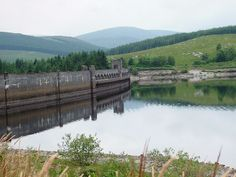 Image detail for -File:Clatteringshaws Dam.