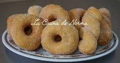 Esta receta me encanto la tome del blog de mi querida Esmeralda de Recelandia un blog lleno de recetas deliciosas, es un acierto muy... Oreo Cupcakes, Pan Dulce, Doughnut, Donuts, Cake Recipes, Food And Drink, Appetizers, Make It Yourself, Desserts