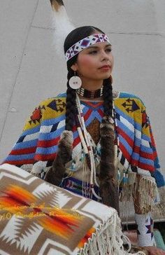 ~ In the Indian Beauty Pageant, is old Latonia Andy, who was the winner. Latonia is a Yakama/Umatilla/Cayuse, and was wearing many of the regalia, her great-grandmother wore when she won this same contest in