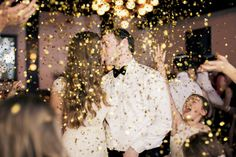 10 gorgeous, glam ideas for a New Year's Eve wedding celebration...
