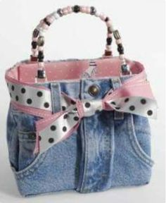 free purse patterns with pockets denim tote bag patterns jennifer ward lealand official website Denim Tote Bags, Denim Purse, Artisanats Denim, Blue Jean Purses, Handbags Online Shopping, Denim Crafts, Recycled Denim, Purse Patterns, Denim Bag Patterns