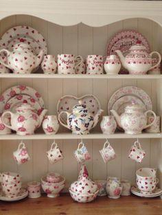 Emma Bridgewater Wallflower Four Cup Teapot for Liberty London 2013 on display