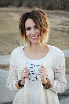 Wavy short ombre hair