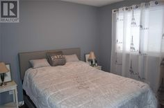 Property listing for 522 WILSON RD Cobourg, Ontario in Cobourg, Ontario. Search for properties for sale and rent across Canada and in your neighbourhood. Kings Avenue, Realtor Logo, Large Family Rooms, Basement Bedrooms, Wet Bars, Finding A House, Open Concept, Window Coverings, Ontario