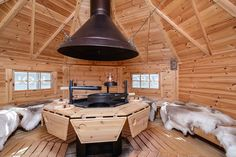 kota rookkap - Google zoeken Grill Hut, Bbq Hut, Window Factory, Indoor Fire Pit, Grill Table, Small Log Cabin, Pine Walls, Floor Framing, Roof Window