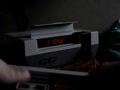Il a converti une vieille console Nintendo en réveil-matin !