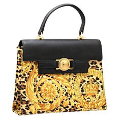 View this item and discover similar for sale at - Gianni Versace baroque print bag. Gianni Versace, Donatella Versace, Versace Handbags, Versace Bag, Fashion Handbags, Purses And Handbags, Vintage Purses, Vintage Handbags, Vintage Versace