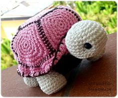 Could probably figure out. Kawaii Crochet, Crochet Dolls, Crochet Baby, Knit Crochet, Amigurumi Patterns, Crochet Patterns, Fun Patterns, Crochet Turtle, Crochet Animals